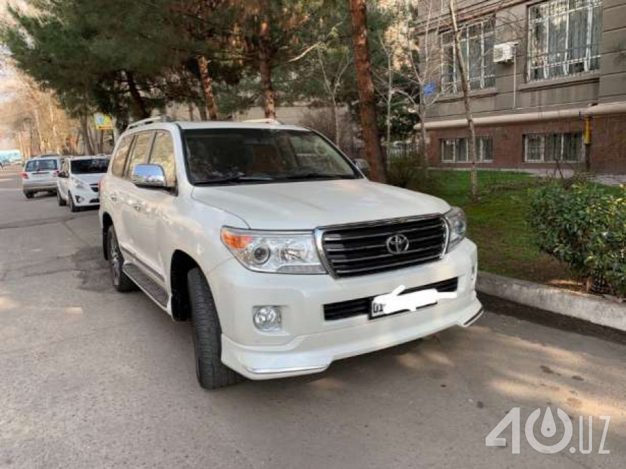 Toyota Land Cruiser 200 Series Рестайлинг 1