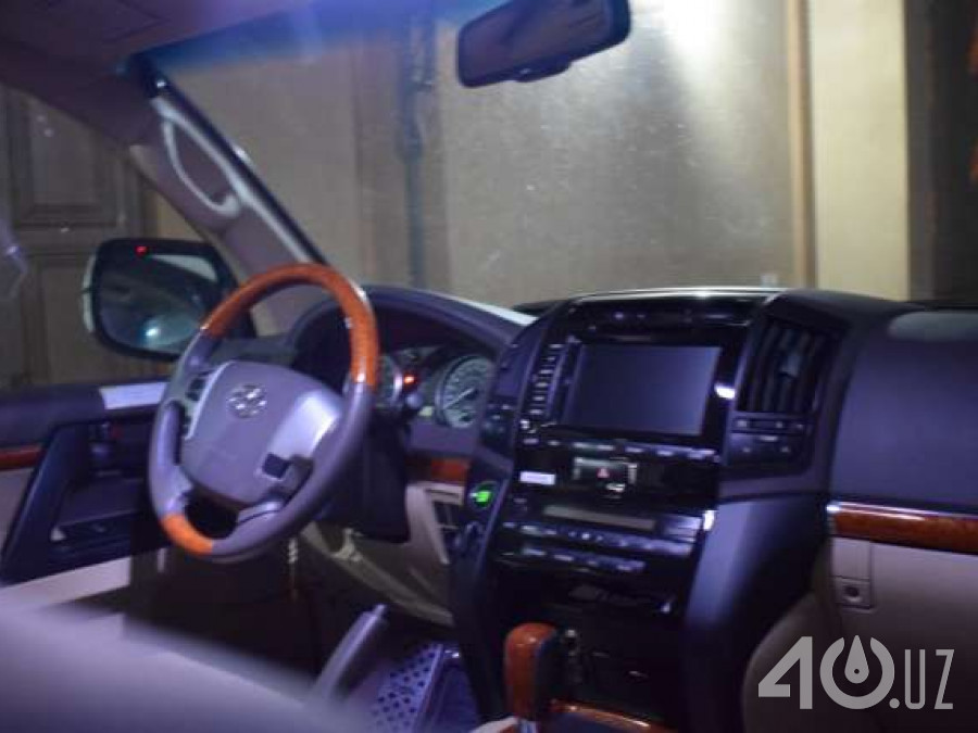 Toyota Land Cruiser 200 Series Рестайлинг 2
